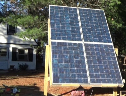 Adjustable solar panel rack with 870 Watts of solar panels