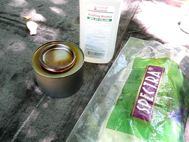 Make an emergency survival alcohol stove