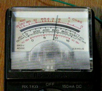 Reading an analog Ohm meter